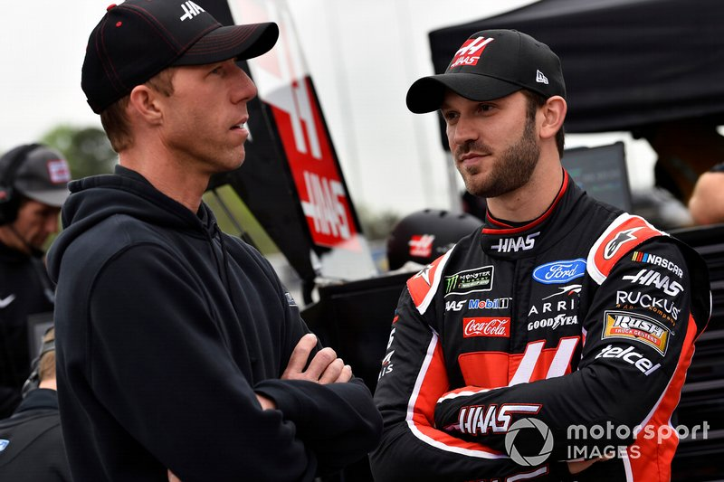 Daniel Suarez, Stewart-Haas Racing, Ford Mustang Haas Automation and Billy Scott