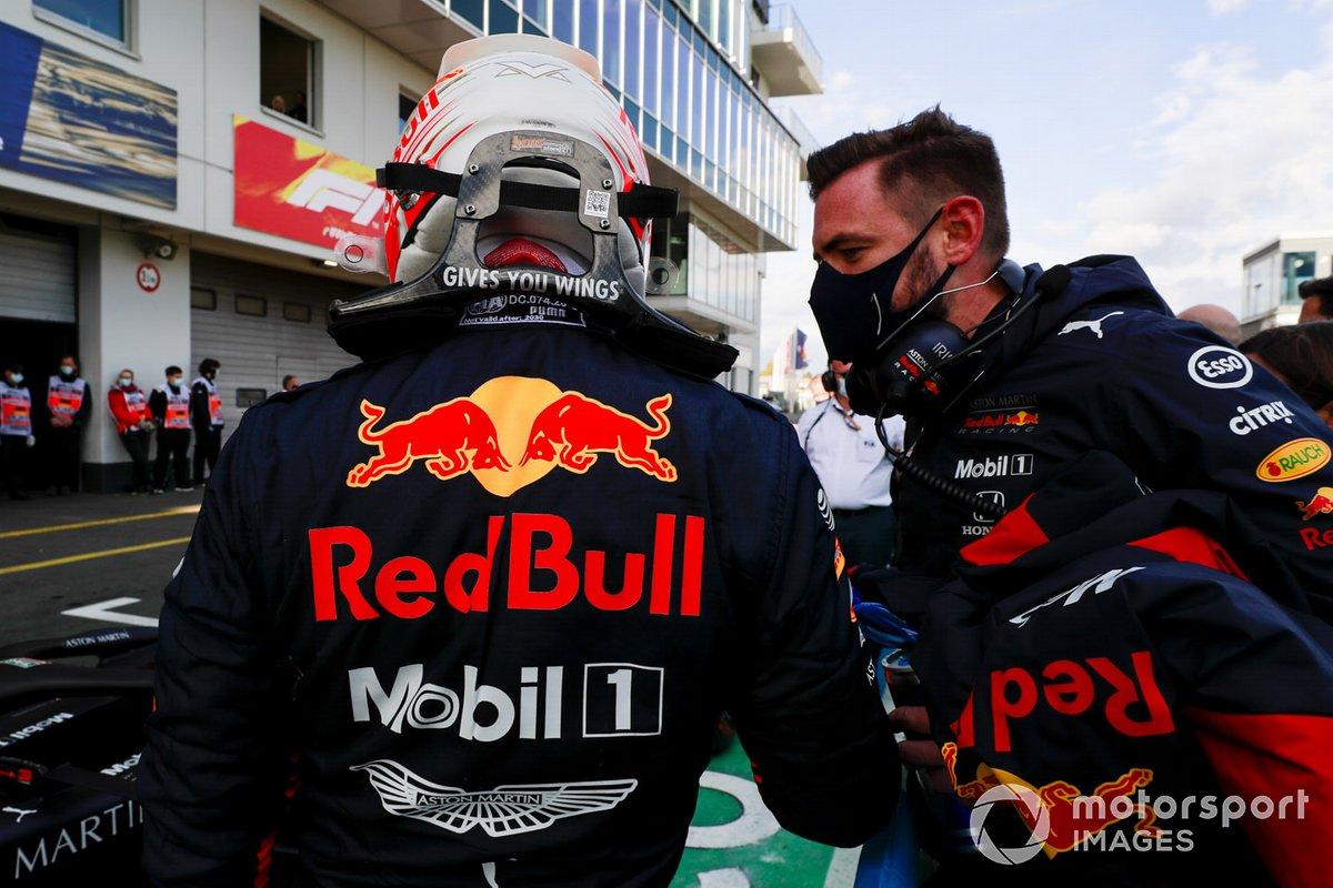 Tercero Max Verstappen, Red Bull Racing en Parc Ferme