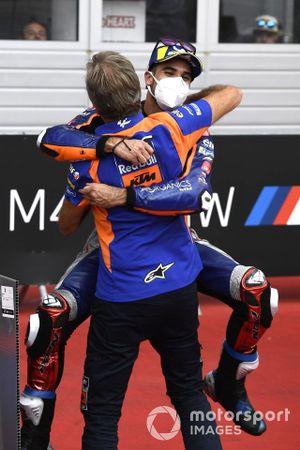 Race winner Miguel Oliveira, Red Bull KTM Tech 3, Hervé Poncharal, Red Bull KTM Tech 3