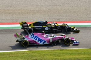 Daniel Ricciardo, Renault F1 Team R.S.20, passes Lance Stroll, Racing Point RP20