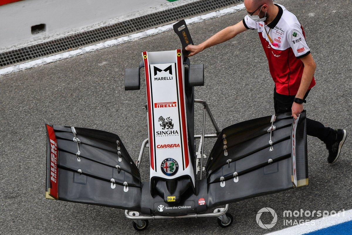 Alfa Romeo Racing front wing