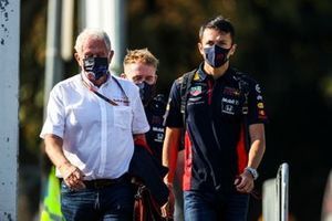 Helmut Marko, Consultant, Red Bull Racing and Alex Albon, Red Bull Racing