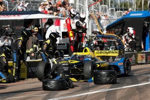 James Hinchcliffe, Andretti Autosport Honda, pit stop