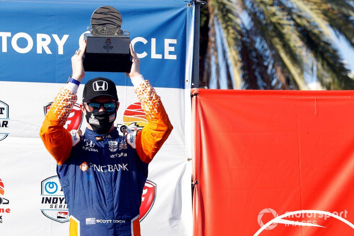Podio: tercer lugar Scott Dixon, Chip Ganassi Racing Honda