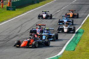 Richard Verschoor, MP Motorsport, Oliver Caldwell, Trident en Federico Malvestiti, Jenzer Motorsport