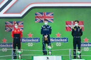 Callum Ilott, UNI-Virtuosi, Race Winner Dan Ticktum, Dams and Christian Lundgaard, ART Grand Prix on the podium