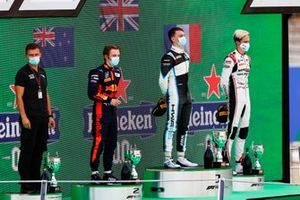 Liam Lawson, Hitech Grand Prix, Race Winner Jake Hughes, HWA Racelab and Theo Pourchaire, ART Grand Prix on the podium