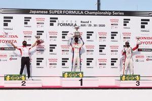 Podium: Ryo Hirakawa (Team Impul), Masahiko Kondo (Kondo Racing team director), Sacha Fenestraz (Kondo Racing)