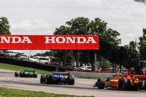 Colton Herta, Andretti Harding Steinbrenner Autosport Honda, Scott Dixon, Chip Ganassi Racing Honda
