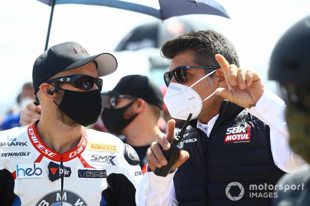 Tom Sykes, BMW Motorrad WorldSBK Team, mit Gregorio Lavilla