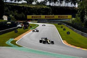 Daniel Ricciardo, Renault F1 Team R.S.20, Nicholas Latifi, Williams FW43
