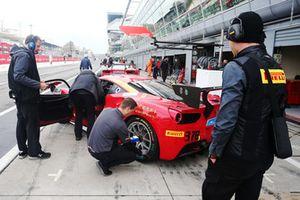 Ferrari 488 #378, Ferrari of Newport: Heggy Ai