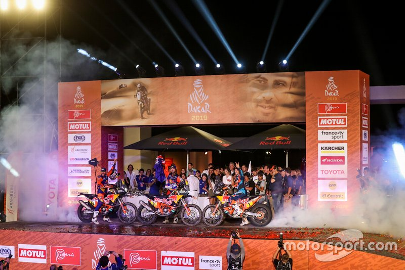 Podio: Red Bull KTM Factory Racing KTM: Toby Price, Matthias Walkner, Sam Sunderland