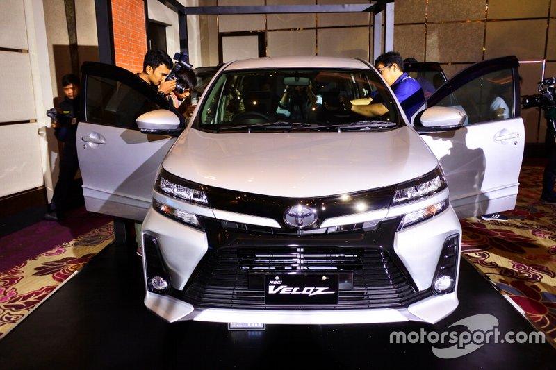 Bagian depan Toyota New Avanza