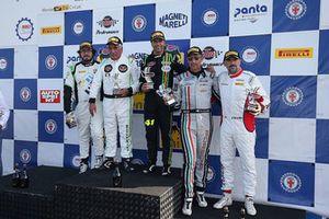 Podio GTCup gara 2, Davide Di Benedetto (Island Motorsport,Porsche 997 Cup-S.GTCup #163), Pisani-Sauto (Porsche 997 Cup My 12-GTCup #176) Linos-La Mazza (Ebimotors,Porsche 991-GT3#169)