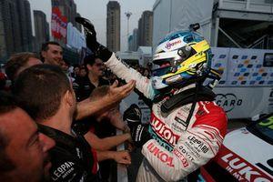 Racewinnaar Gordon Shedden, Audi Sport Leopard Lukoil Team Audi RS 3 LMS