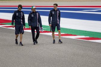 Sergio Perez, Racing Point Force India F1 Team loopt op het circuit