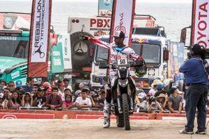 #27 HERO Motorsports Team Rally: CS Santosh