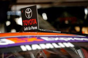 Denny Hamlin, Joe Gibbs Racing, Toyota Camry FedEx Express, laptop