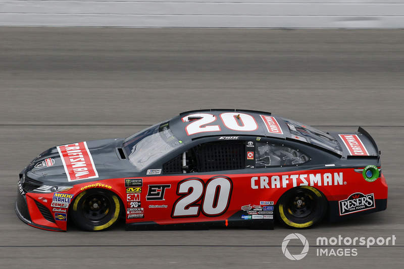 6. Erik Jones, Joe Gibbs Racing, Toyota Camry Craftsman