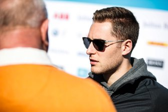 Stoffel Vandoorne, HWA Racelab, talks to the press