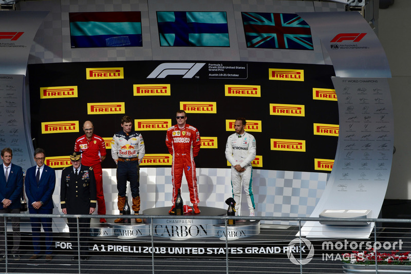 (L to R): Carlo Santi, Ferrari Race Engineer, Max Verstappen, Red Bull Racing, Kimi Raikkonen, Ferrari and Lewis Hamilton, Mercedes AMG F1 on the podium
