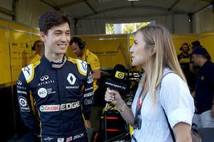 Jack Aitken, Renault F1 Team with Julia Piquet