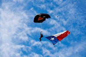 Exhibición de paracaídas