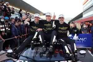GTE Champion, #80 Iron Lynx Ferrari F488 GTE Evo: Matteo Cressoni, Rino Mastronardi, Miguel Molina