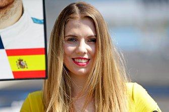 Grid Girl für Daniel Juncadella, R-Motorsport