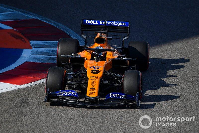 6º: Carlos Sainz Jr., McLaren MCL34: +45.889