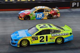 Paul Menard, Wood Brothers Racing, Ford Mustang Menards / Knauf, Kyle Busch, Joe Gibbs Racing, Toyota Camry M&M's