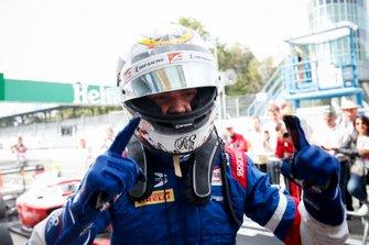 Race winner Robert Shwartzman, PREMA Racing celebrates in parc fame