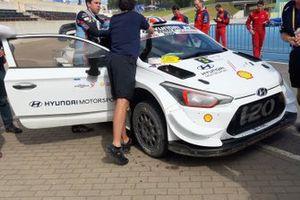 Andreas Mikkelsen, Hyundai i20 Coupe WRC con la nuova aerodinamica