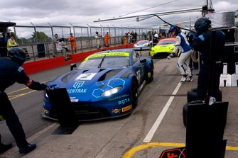 #2 TF Sport Aston Martin V8 Vantage GT3: Mark Farmer, Nicki Thiim