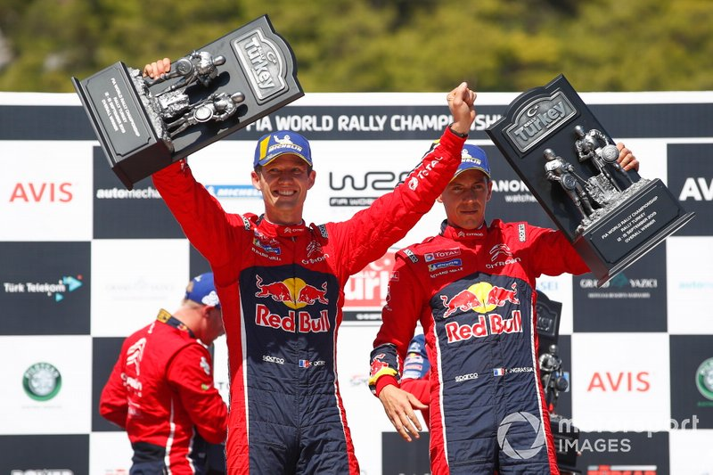 Podio: ganadores Sébastien Ogier, Julien Ingrassia, Citroën World Rally Team Citroen C3 WRC