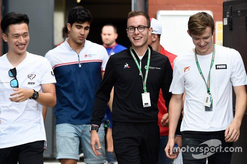 Guanyu Zhou, UNI Virtuosi Racing Anthoine Hubert, Arden Callum Ilott, Sauber Junior Team by Charouz