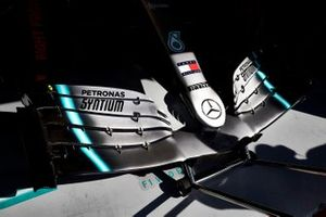 Mercedes AMG F1 W10 front wing