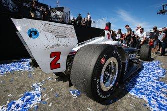 Josef Newgarden, Team Penske Chevrolet, Confetti