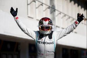 Lewis Hamilton, Mercedes AMG F1, 1e positie in Parc Ferme