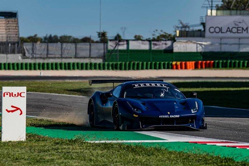 Valention Rossi prova la Ferrari 488 GT3 Kessel Racing