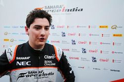 Alfonso Celis Jr., pilote de développement Sahara Force India F1 avec les médias