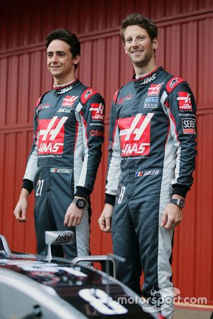 Esteban Gutierrez, Haas F1 Team and Romain Grosjean, Haas F1 Team unveil the Haas VF-16