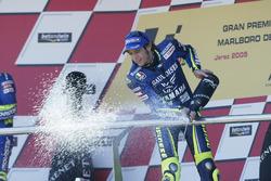 Podio: ganador de la carrera Valentino Rossi, Yamaha