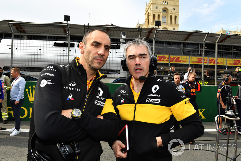 Cyril Abiteboul, Renault Sport F1 y Nick Chester, Renault Sport F1