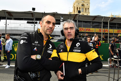 Cyril Abiteboul, Renault Sport F1 Managing Directorand Nick Chester, Renault Sport F1 Team on the grid
