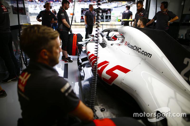 Kevin Magnussen, Haas F1 Team, in the team's garage
