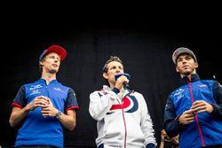 Brendon Hartley, Scuderia Toro Rosso e Pierre Gasly, Scuderia Toro Rosso, sul palco
