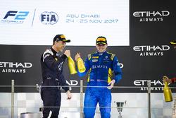 Podium : le deuxième Artem Markelov, RUSSIAN TIME et le vainqueur Oliver Rowland, DAMS (disqualifié)