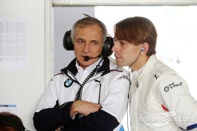 Руководитель BMW Team Schnitzer Чарли Ламм и гонщик команды Аугусту Фарфус